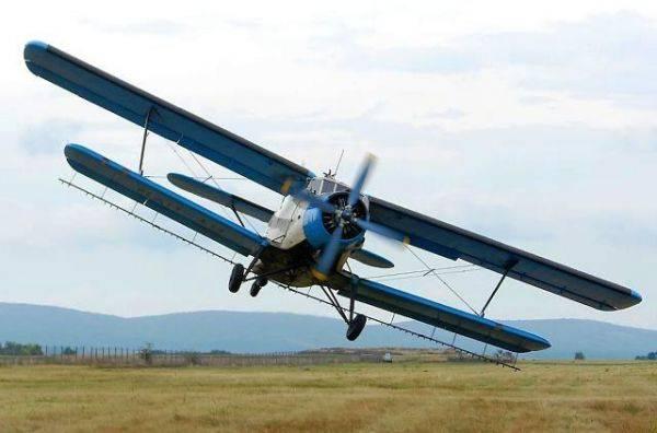 Внесение инсектицида кораген на кукурузу самолетом и вертолетом
