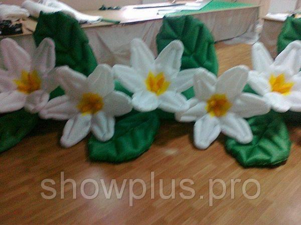 Пневмогирлянда (пневмоцветы, надувные цветы) Нарциссы 10 м.