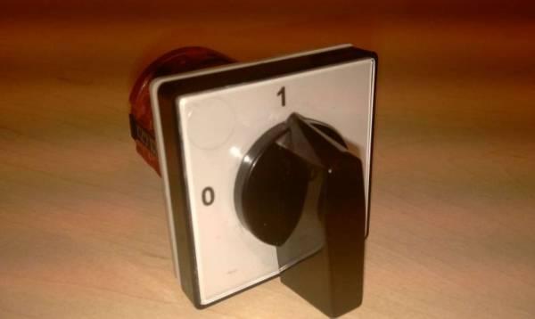 Выключатели - разъединители, кулачковые переключатели