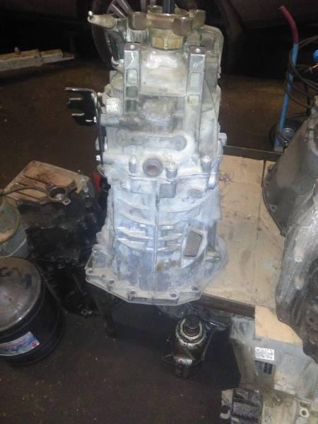 МКПП Volkswagen Crafter 2.0 TDI 4motion CKUB 120kw 163 л/с / A9062610403 A 9062610403 A 906 261 04 03 R9062610003 R 9062610003 R 906 261 00 03 Также устанавливается на: MB Sprinter W906 2.2 CDi